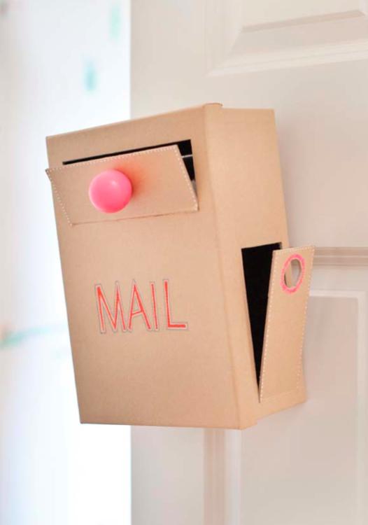 Mail Call Diy Doorknob Mailbox Crayons And Croissants